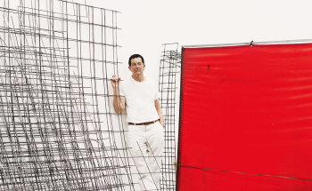 , Antony Gormley in his London studio